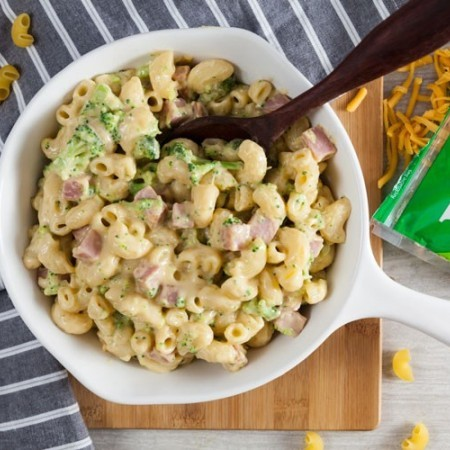 Creamy Stovetop Mac & Cheese with Broccoli & Ham