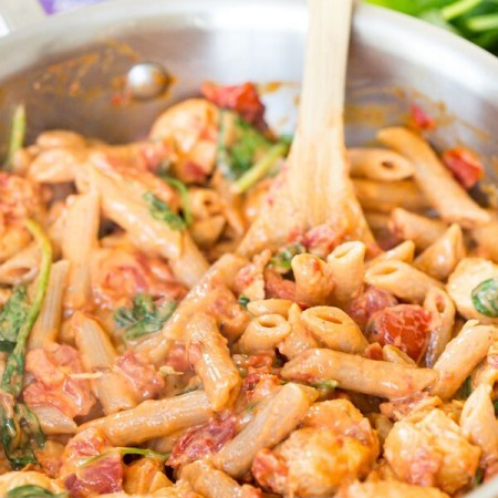Creamy Sundried Tomato and Chicken Pasta
