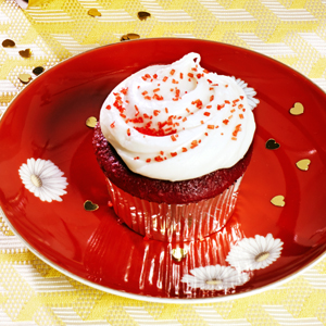 Red Velvet Cupcakes with Whipped Cream Cheese Frosting